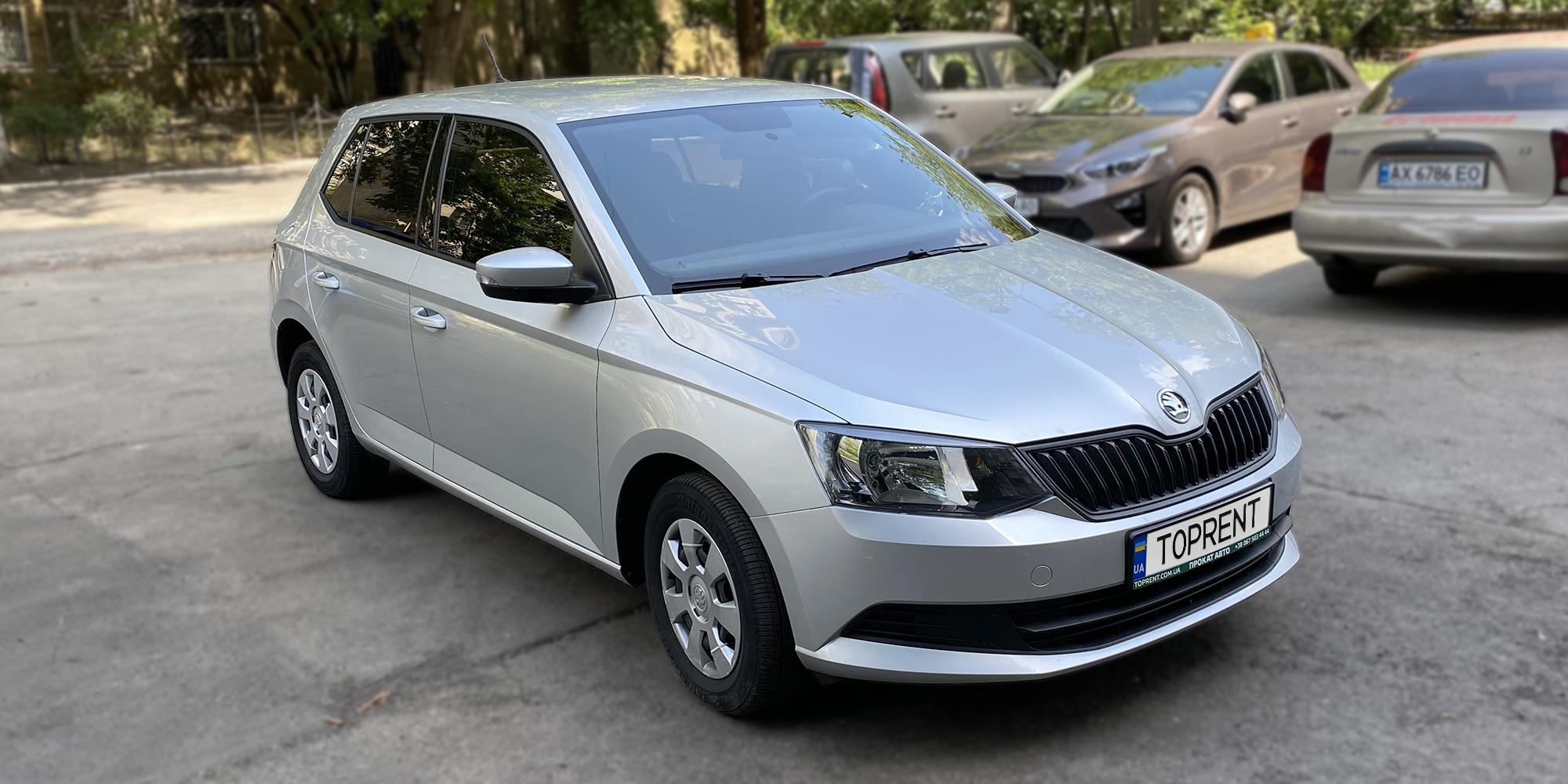 Прокат и аренда авто Skoda Fabia 1.2 TSI - фото 2 | TOPrent.ua